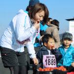 給水はトマト?!楽しさ満載の「みらいマラソン」が初開催!