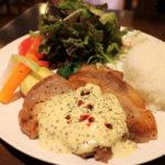 ボリューム満点の地元野菜&つくば美豚 ~Kitchen & Dinner Django~