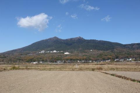 つくばのシンボルといえば、日本百名山のひとつである筑波山