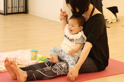 ママと赤ちゃんのためのヨガサロン「ベビー&ママヨガ」