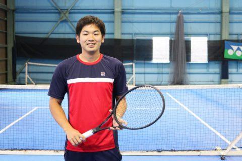 爽やかな笑顔がトレードマークの名久井コーチ